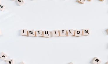 Šta je intuicija i kako da osnažimo vezu sa njom